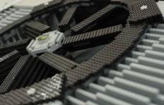 Peek_GeForce GTX 690 LEGO (11)