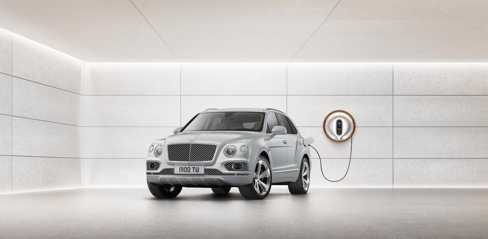 Bentley Bentayga Hybrid x Starck 01